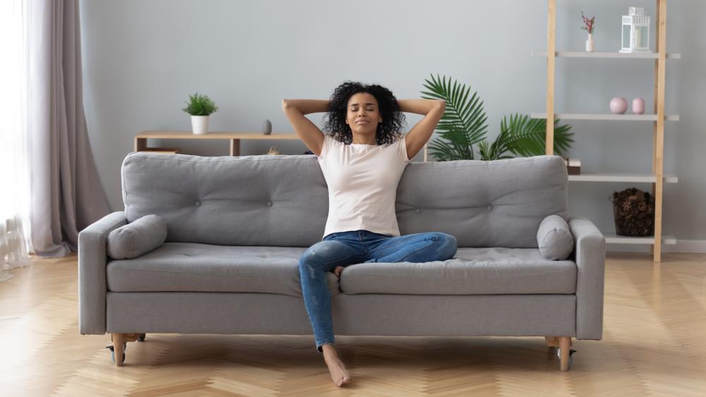 Música para aliviar estresse na quarentena: como ter na sua casa