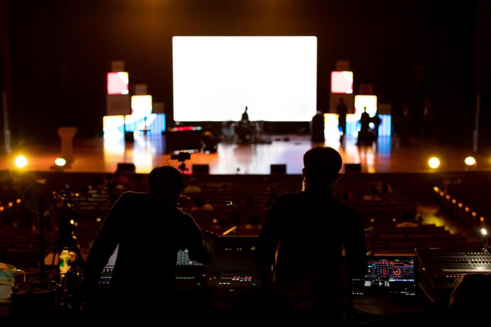 Equipamentos de som para eventos: como aproveitá-los ainda mais em 2021